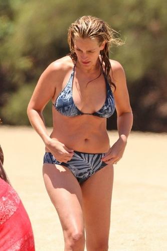 Julia Roberts bikini
